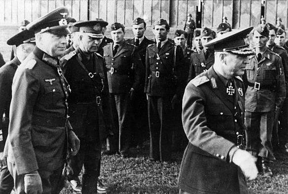 Эвальд Клейст, Ион Антонеску и Пантази Константин. Украина. 1942 г.