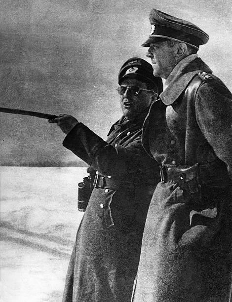 Фридрих Паулюс под Сталинградом. 1942 г.