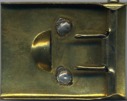 Стальная пряжка корпуса NSKK с накладным мельхиоровым кругом и бронзированным корпусом.