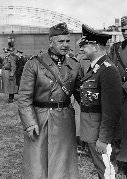 Вальтер Рейхенау и Эрхард Мильх. 1939 г.