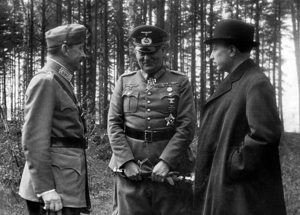 Вильгельм Кейтель, Карл Маннергейм и Ристо Рути. 1942 г.