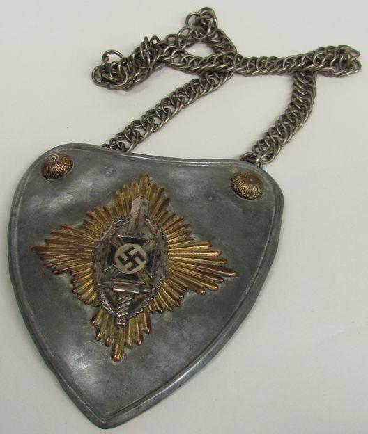 Горжет знаменоносцев NSKOV.