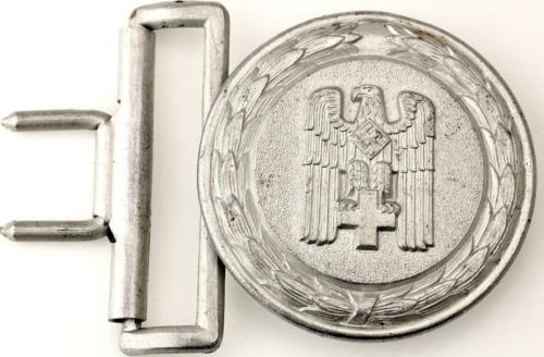 Пряжка ремня офицера Немецкого Красного Креста образца 1938 г.