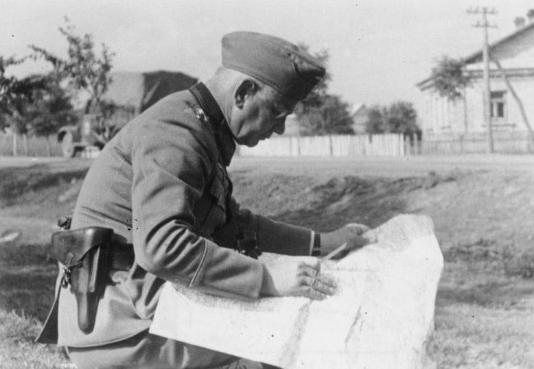 Вальтер Рейхенау на Восточном фронте. Украина. 1941 г.