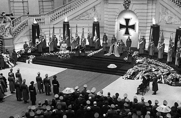 Похороны Вальтера Райхенау. Берлин. 1942 г.