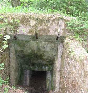 Вход в недостроенное укрытие «Ольга».