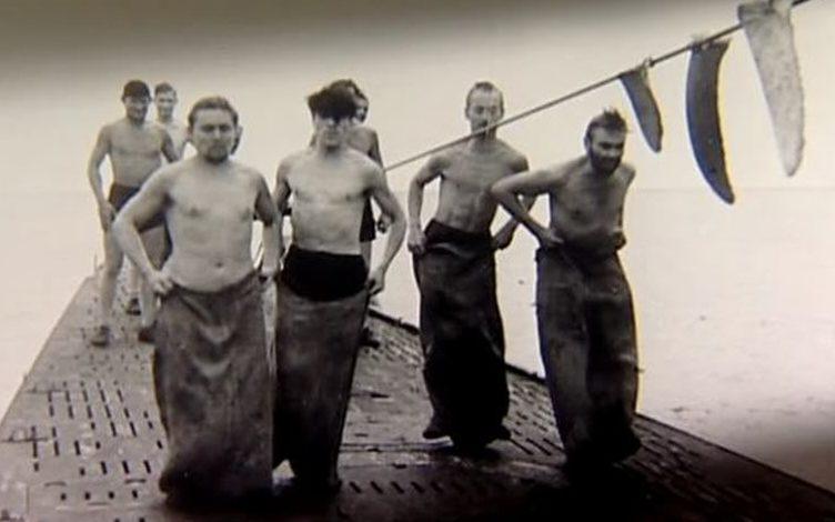 Развлечения на палубе подлодки «U-123». Июль 1942 г.