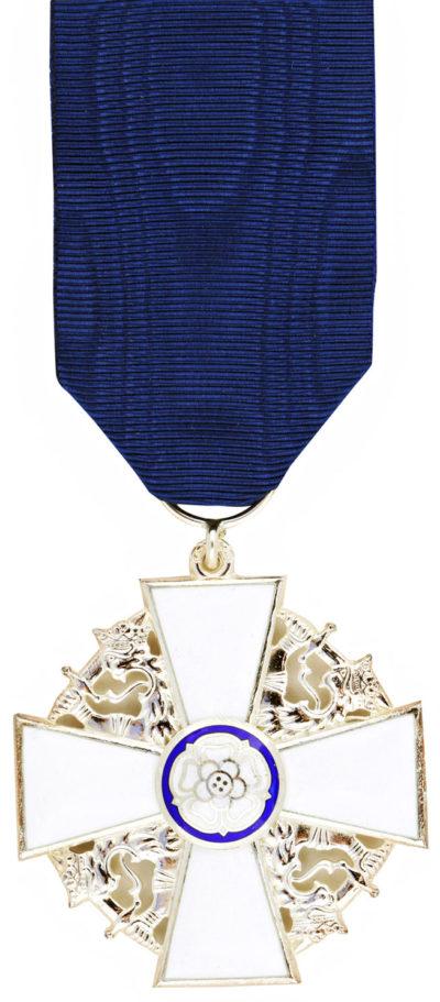 Рыцарский крест ордена Белой розы Финляндии.
