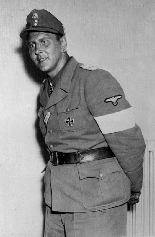 Отто Скорцени в плену. 1945 г.