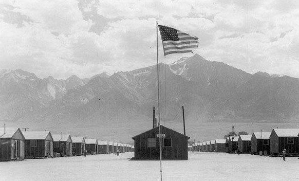 Лагерь «Manzanar» в Калифорнии для интернированных. Июль 1942 г.