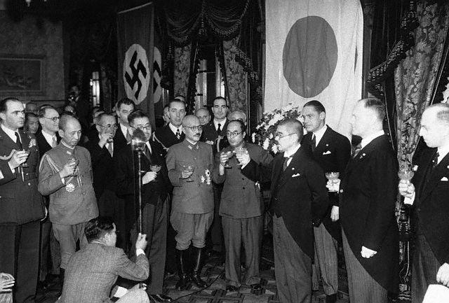 Торжества в честь подписания Тройственного пакта. Декабрь 1940 г.