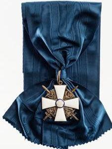 Большой крест ордена Белой розы Финляндии с мечами на широкой ленте для мужчин.