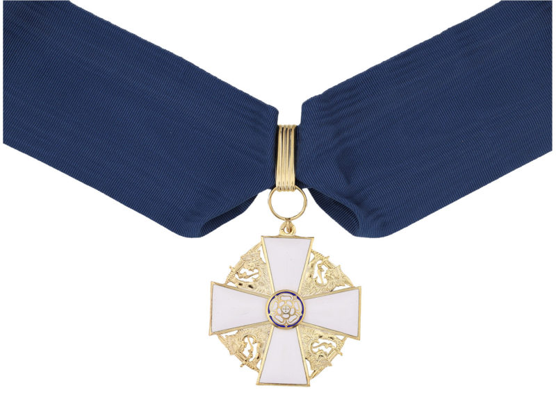 Командорский крест 1-го класса ордена Белой розы Финляндии на шейной ленте для мужчин.