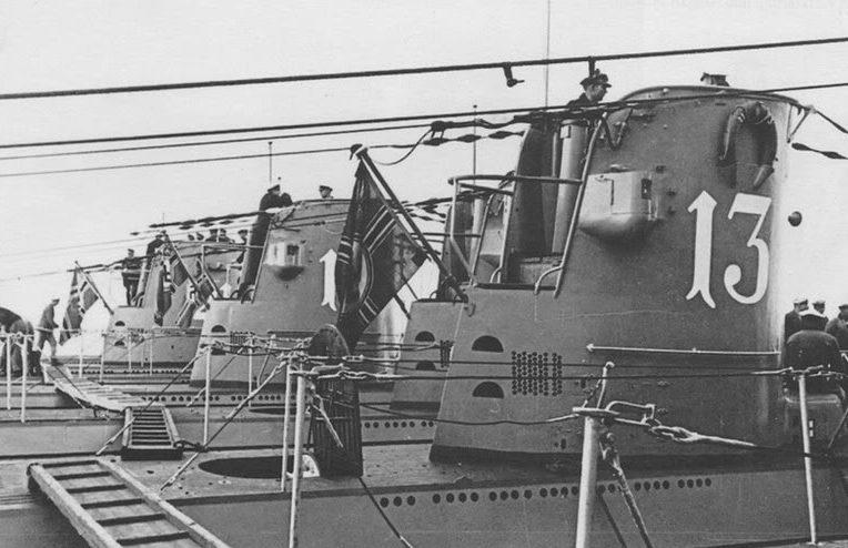 Стоянка малых подлодок. Вильгельмсхафен. Ноябрь 1939 г.
