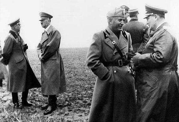 Вернер Фрич, Бенито Муссолини, Герман Геринг и Адольф Гитлер. 1937 г.
