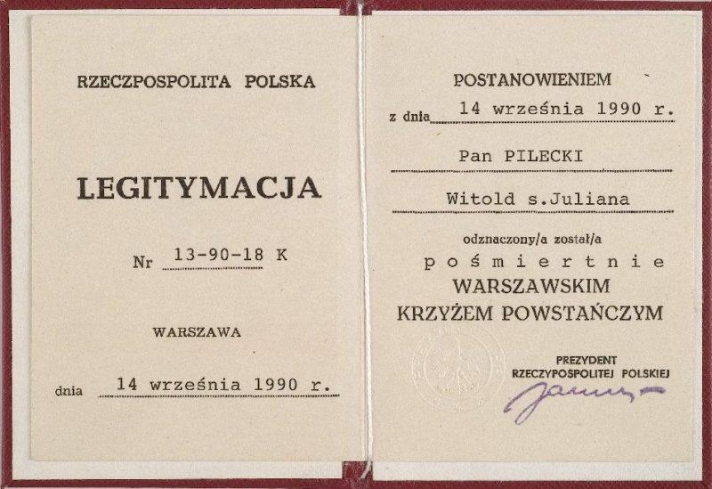 Удостоверение о награждении Крестом Варшавского восстания.