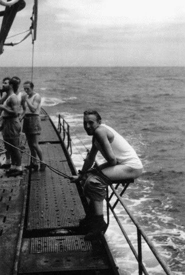 «Туалет» на верхней палубе подлодки «U-68». 1942 г.