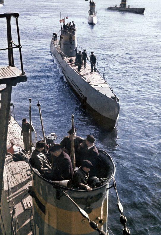 Подлодки 21-й флотилии в порту Пиллау. На переднем плане – «U-62». 1942 г.