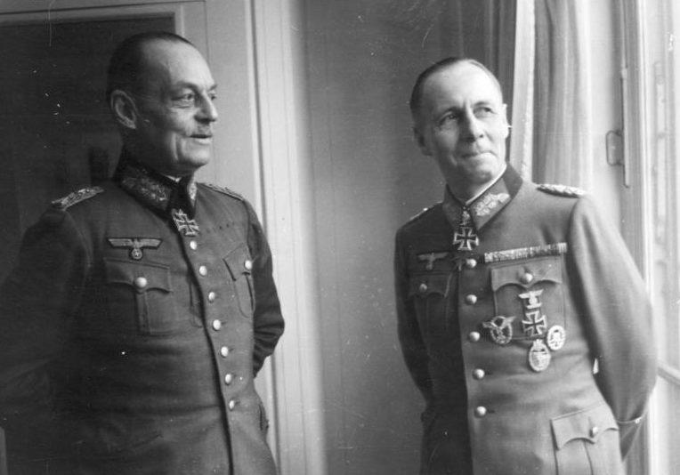 Герд фон Рунштедт и Эрвин Роммель. 1943 г.
