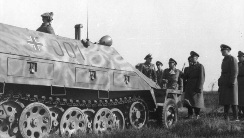 Герд фон Рунштедт в дивизии СС «Гитлерюгенд». Франция. 1944 г.