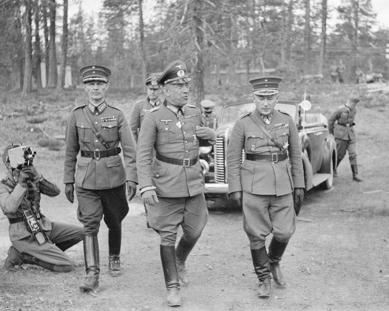 Николаус Фалькенхорст и Ялмар Сииласвуо. Финляндия. 1941 г.