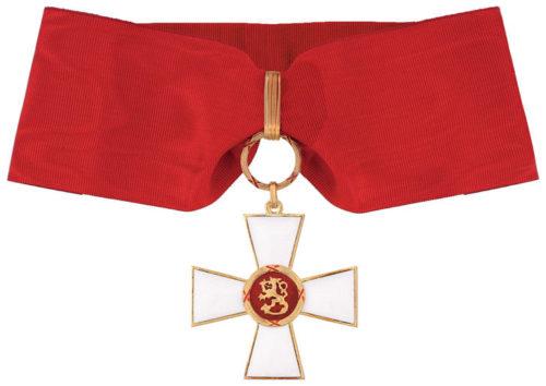 Командорский Крест 1-го класса ордена Льва Финляндии на шейной ленте для мужчин.