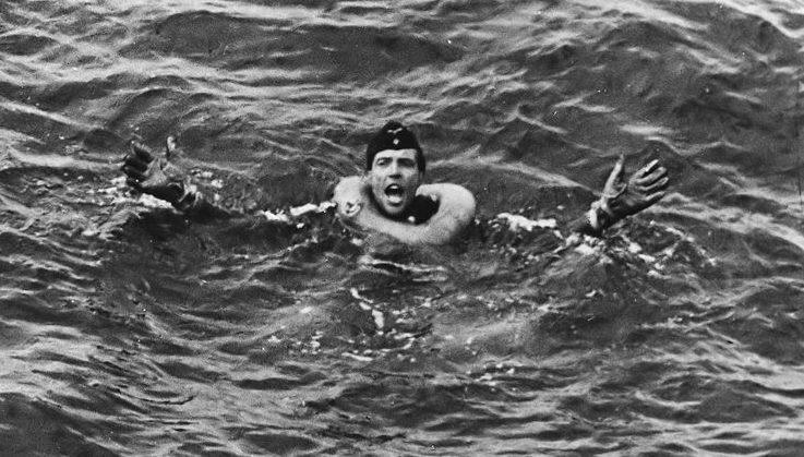 Моряки с утонувшей подлодки «U-175». Апрель 1943 г.