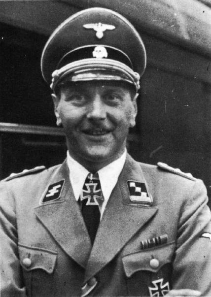 Отто Скорцени. Оберштурмбанфюрер СС.