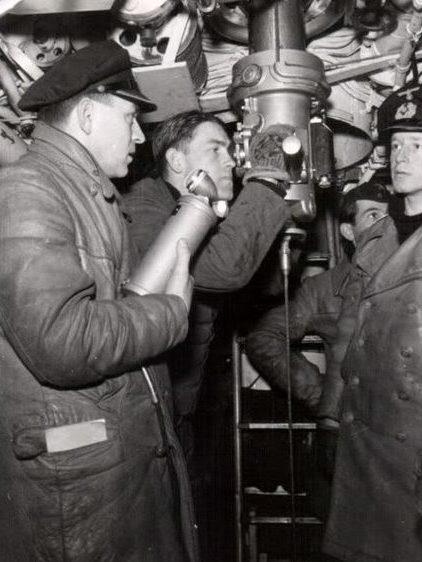 Центральный пост подлодки «U-135». Июль 1943 г.