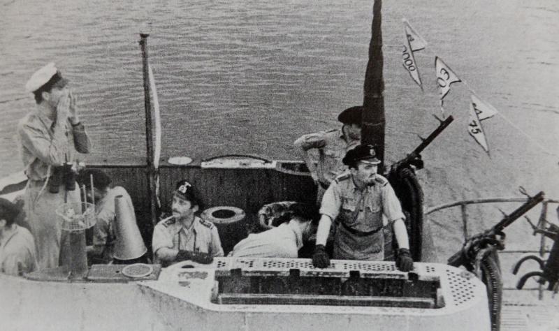 Офицеры на мостике подлодки «U-510». Лорьян. Август 1943 г.