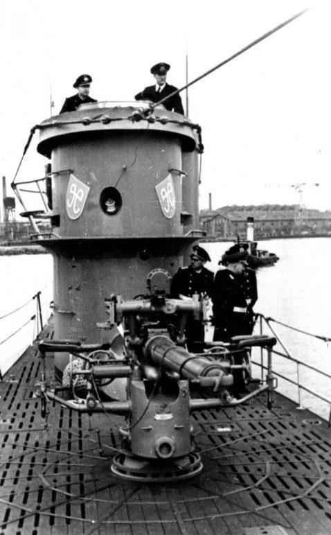 Подлодка «U-758» в порту. Май 1942 г.