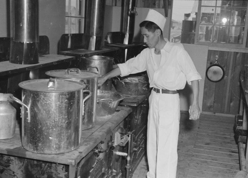 Кухня лагеря «Постон». 1942 г.
