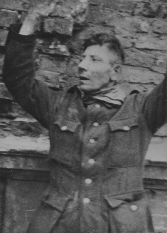 Немцы в плену повстанцев. Август-сентябрь 1944 г.
