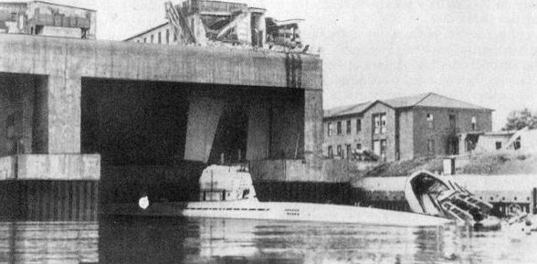 База-бункер подлодок «Валентин». Бремен. Апрель 1945 г.