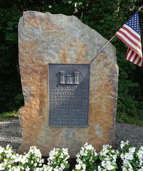 Муниципалитет Neufmoulin. Мемориал воинам 291-го саперного батальона инженеров США воевавших в 1944 г.