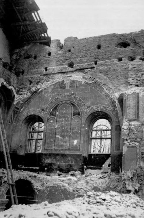 Разрушенная церковь Святого Духа. Сентябрь 1939 г.