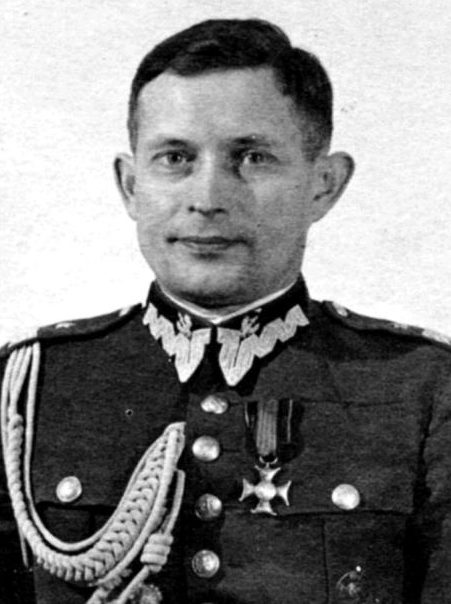 Генерал Владислав Лангнер, командовавший обороной города против Германии. Сентябрь 1939 г.