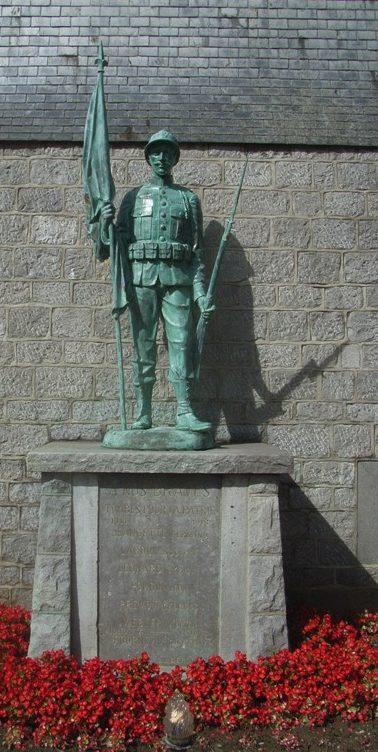 Муниципалитет Ocquier. Памятник погибшим воинам и жертвам обеих войн.