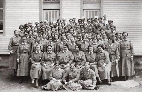 Выпускницы курсов «Lotta Svärd». 1935 г.