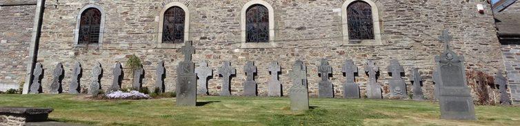 Муниципалитет Arbrefontaine. Мемориал у церкви, посвященный заключенным Шталага.