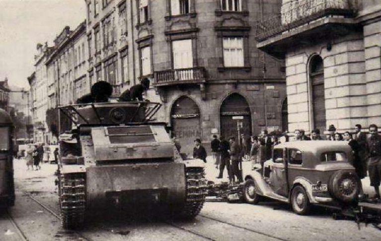 Красная Армия входит в город. Сентябрь 1939 г.