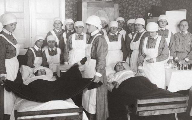 Обучение на медицинских курсах «Лотта Свярд».
