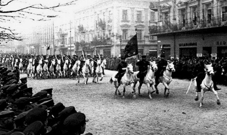 Красная кавалерия на параде. 22 сентября 1939 г.