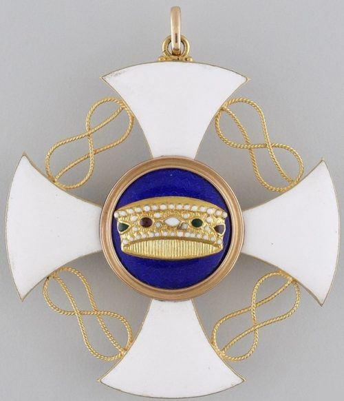 Аверс и реверс знака Кавалер Большого креста ордена Короны Италии.