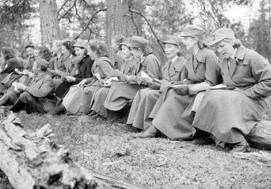 Занятия в лесу по ориентированию. 1939 г.