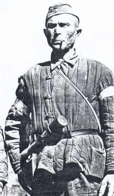 Хиви со стандартными повязками. 1941 г.