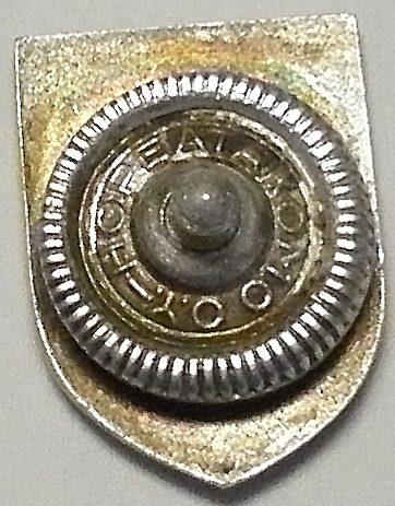 Аверс и реверс знака береговой охраны Ладоги.