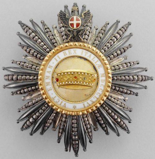 Разновидности Звезды к знаку Кавалер Большого креста ордена Короны Италии.