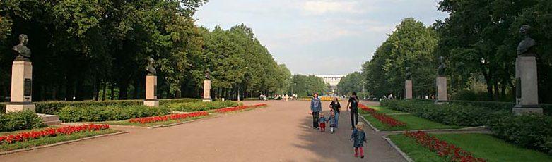 Аллея дважды Героев Советского Союза.