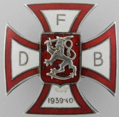 Аверс и реверс памятного креста датского легиона добровольцев на Зимней войне.